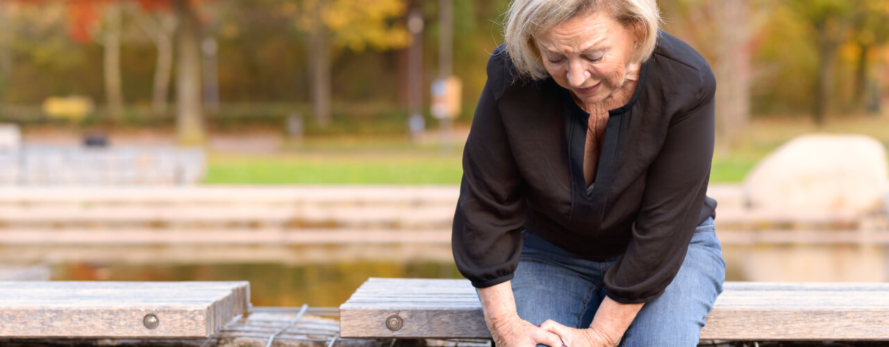 Consult with a PT to Find Relief for Your Hip and Knee Pains
